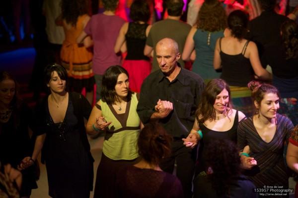 Affiche Atelier annuel cours de danses folk danses régionales tous les lundis à Paris à Paris